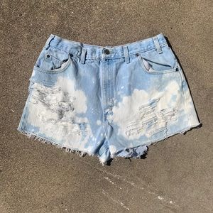Vintage 90's acid wash cutoff shorts